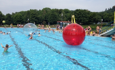 Water-Walking-Ball_14