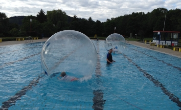 Water-Walking-Ball_6